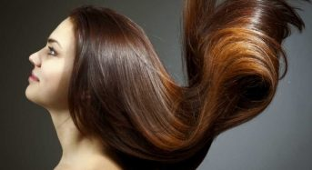 How to make your hair shiny and strong at home?